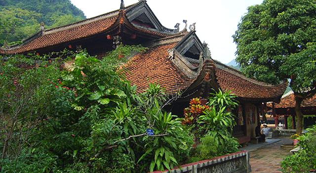 Le Statue della Pagoda di Tay Phuong