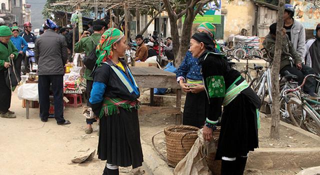 Bao Lac market