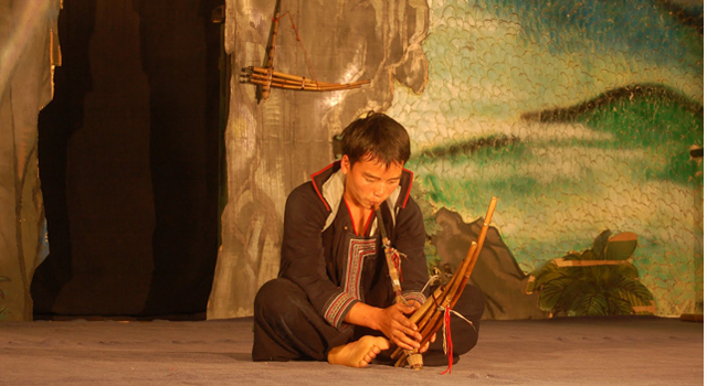 Khen Folk music