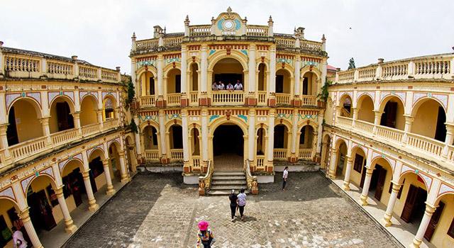 Il palazzo di Hoang A Tuong