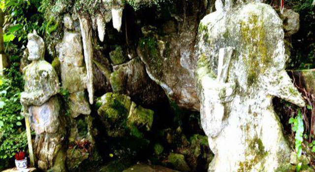 La grotta di Thuy Tien