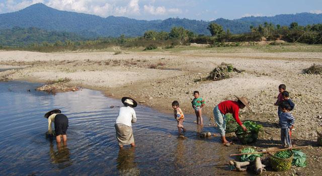 Hiking per scoprire gruppi etnici