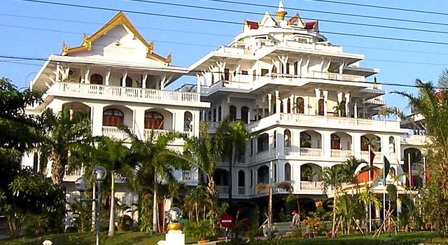 Boun Oum Palace