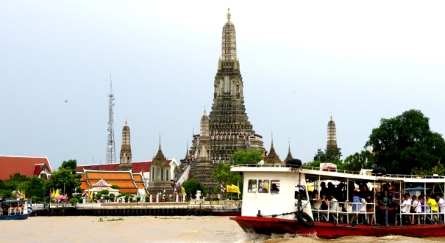 Chao Phraya boat excursion