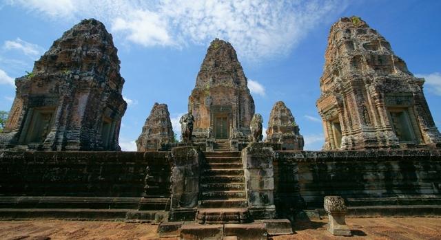 Il Tempio dell'Est di Mebon