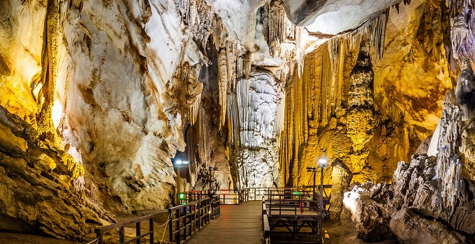 Le grotte di Phong Nha