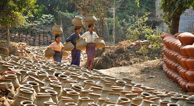Twante Pottery Village