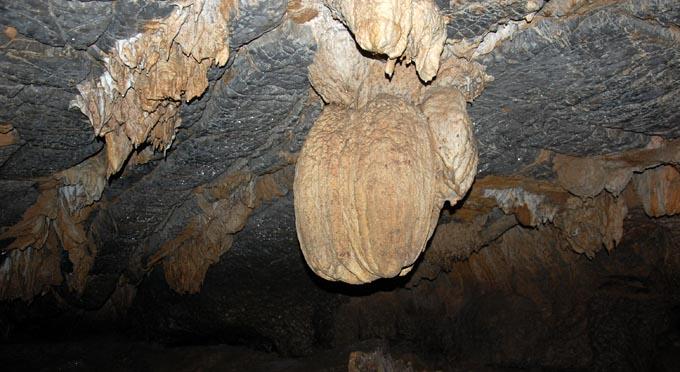 Grotta - di - Thien - Ha-4