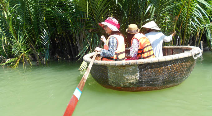 http://viaggivietnam.asiatica.com/it/1/activities/una-giornata-di-pesca-ad-hoi-an-44.html