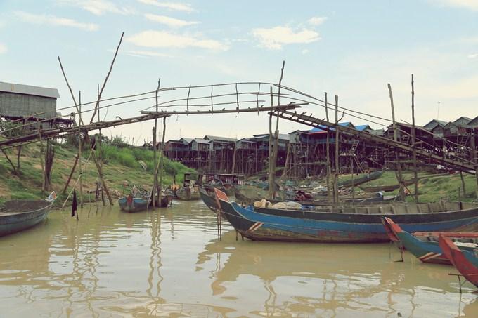 visita-barca-Tonle Sap-1