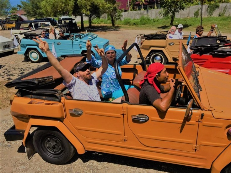 Exploring Bali by vintage Volkswagen