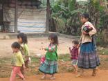 Asiatica Travel helps poor children go to school in Ha Giang