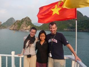 Asiatica Travel Recensioni - Testimonianze di Signora. Ilaria Brignoni
