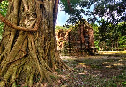 Overland in Vietnam and Cambodia