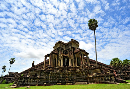 At the Heart of Khmer Civilization
