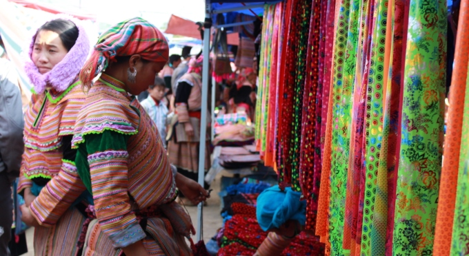Bac Ha Wochenendemarkt