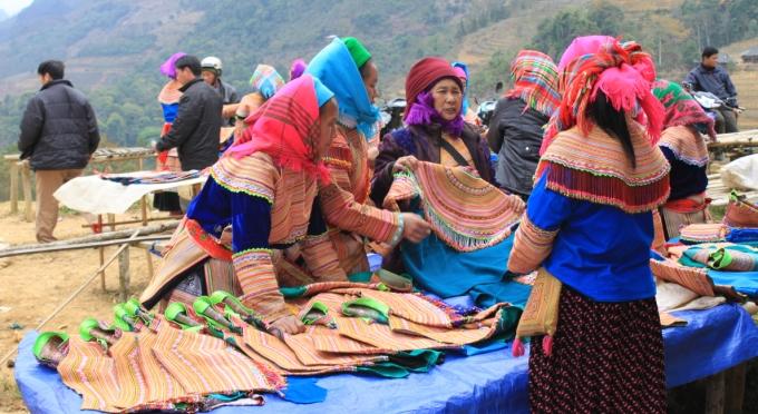 Ein ethnischer Markt in Bac Ha