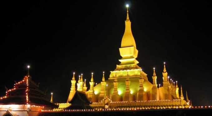 Pha That Luang in Vientiane - Das Nationalsymbol von Laos