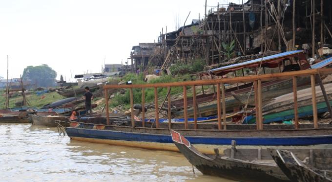 Ein Dorf am Tonle Sap See