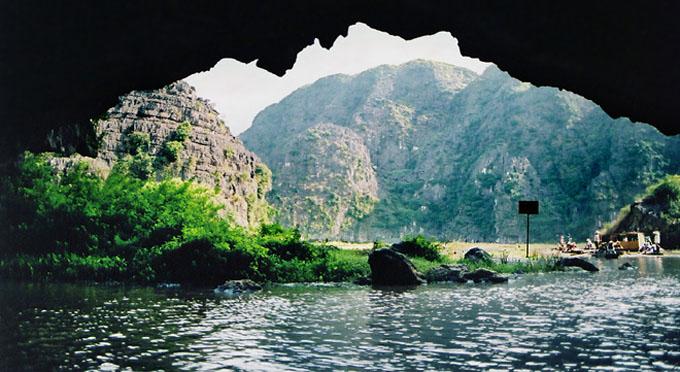 Tam Coc (drei Grotten), in der Ninh Binh Provinz