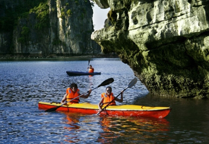 Halong Bay trip (Full day - Private)