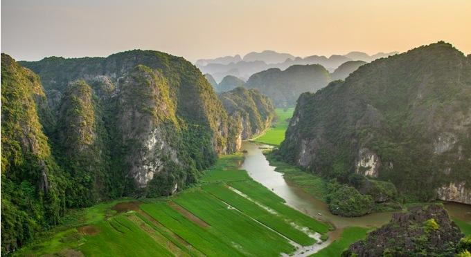 Ninh Binh, die Halong-Bucht auf dem Land