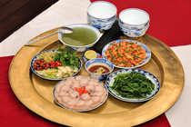 Repas familial des vietnamiens à savoir